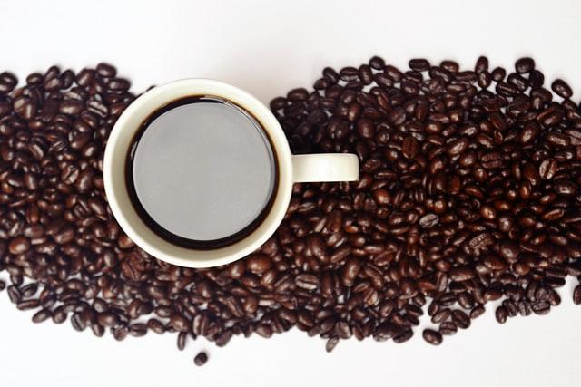 コーヒー豆の美味しい飲み方や選び方|自宅で楽しむ方法を紹介!