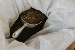コーヒーの焙煎方法!自家焙煎のやり方やコツを紹介