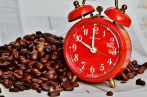 コーヒーの飲み過ぎによる健康への影響